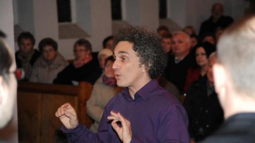 Maestro Borys zaśpiewa z młodzieżą